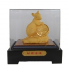 Velvet Shakin Rat Figurine with Case and Gift Box